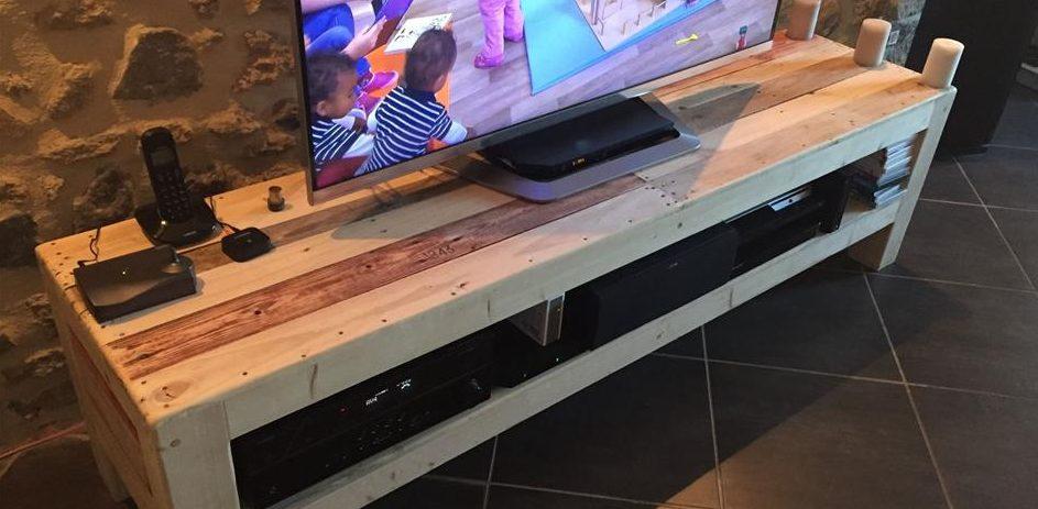 mueble de tv con madera reciclada